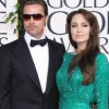 http://www.hotgossip.com/angelina-jolie-brings-a-whole-new-meaning-to-the-word-takeaway/10712/