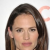 http://www.hotgossip.com/jennifer-garner-not-interested-in-dating/12963/