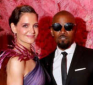 http://www.hotgossip.com/katy-holms-and-jamie-foxx-end-their-six-year-relationship/13312/