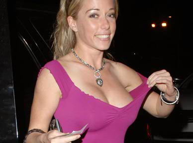 kendra wilkinson looking hot