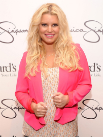 Jessica Simpson Shows Off Her 60-Pound Weight Loss