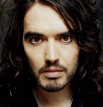 Russell Brand Helps Out Homeless Man Pick Up Some Trash