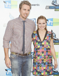 Kristen Bell and Dax Shepard Expecting Their First Child