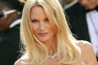 "Nicollette Sheridan Loses Petition Against ""Desperate Housewives"" Creator"