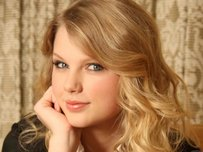 Taylor Swift devastated after break-up with Harry Styles