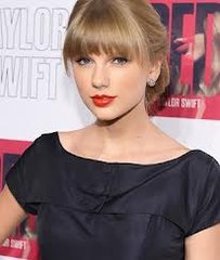 Taylor Swift Fan Mail Found Dumped At Recycling Centre